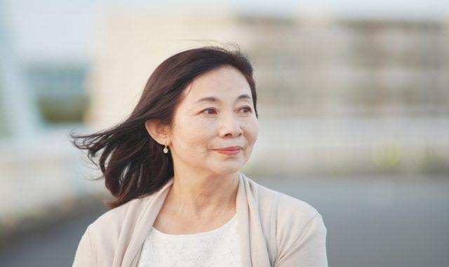 60代で仕事をする女性の実態|人気の仕事や老後を生き抜くには?