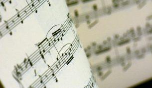 ベートーベンの未完交響曲「交響曲第10番」をAIが完成させ、演奏まで実現する